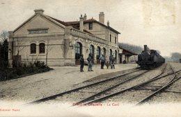 77 CRECY La CHAPELLE La Gare ,couleur Animée Train - France