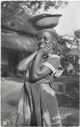 AFRIQUE. CAMEROUN. N 358. JEUNE FEMME - Camerun