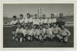 Equipe De Rugby Dans Un Stade. Photo Piero Bettrone à Turin. Torino. Stadio. - Sports