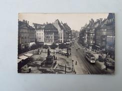 CPA 67 STRASBOURG : La Place Gutemberg Et Les Grandes Arcades, Animé, Tramway - Strasbourg