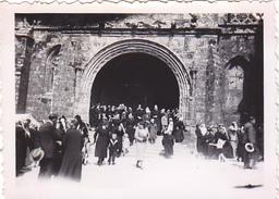 26130 Photo 29 Porche De Locronan Eglise-  France -1938- -Rennes 35 -