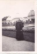 26136 Trois 3 Photo Rennes Thabor Jardin -  France -1937- -Rennes 35 Religieuse Bonne Soeur Landau