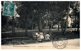78 - VERNEUIL -- Le Repos Devant La Galette Dans Les Bois - Verneuil Sur Seine