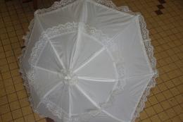 PARAPLUIE OMBRELLE ENFANT BLANC à DENTELLE - Ombrelles, Parapluies