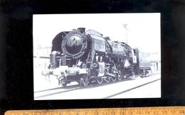 CHEMIN DE FER : Train Locomotive 141R 1.1340 Mikado SNCF / Musée Du Cheminot Ambérieu En Bugey 01500 Zug Railway - Trains