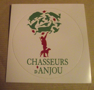 THEME CHASSE : AUTOCOLLANT CHASSEURS D'ANJOU - Stickers