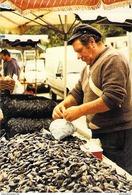 50 - Port Bail - M. Leclerc Marchand De Moules Marché De Port-Bail 1989 Métiers. TIRAGE 300 Exemplaires - France