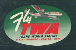 "Vintage Fly TWA Trans World Airline Reklamemarke Poster Stamp Vignette Hinged 5 5/8 X 3 1/2"" - Cinderellas"
