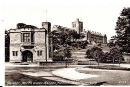Autres. Bangor. North Wales Heroes Memorial & University. - Pays De Galles