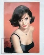 1960's Vintage Real Photo Postcard Cinema Film Actress: Natalie Wood - Actores