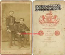 CDV Vers 1870-sergent Accompagné D'un Homme Fumeur De Pipe-photo Letellier  Au Havre - Guerre, Militaire