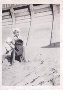 26155 Six 6 Photo Erquy (22 France ) -la Plage En 1939 -Rennes 35 Enfant  Villa Famille Jeux Femmes