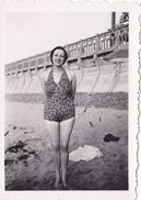 26158 Quatre 4 Photo Erquy (22 France ) -la Plage Carroual En 1939 -Rennes 35 Enfant  Villa Famille Jeux Femmes Bebe