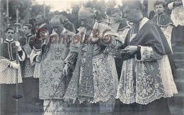 (54) Nancy - Congrès Eucharistique Du 21 Juin 1914 - Sa Grandeur Monseigneur Turinaz Descend L'escalier Du Reposoir - Nancy