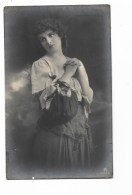 FOTO DONNA ANNO 1927 VIAGGIATA  FP - Persone Anonimi
