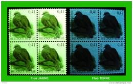 BUZIN - 3135** Tourterelle Turque / Turkse Tortel - DEUX TYPES FLUO Sous UV !!! - 1985-.. Oiseaux (Buzin)