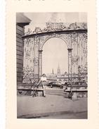 26160 Photo  De Juillet 1952 -Nancy Place Stanoslas -voiture Femme - Lieux