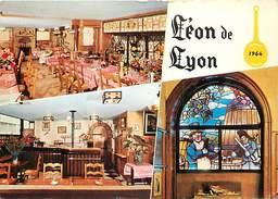 PIE-T-17-454 : LEON DE LYON. RESTAURANT  PAUL LACOMBE  RUE PLENEY PRES PLACE DES TERREAUX. VITRAIL DE GUIGNOLS - Sonstige