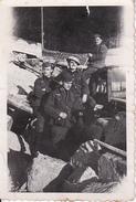 Foto Deutsche Soldaten Bei Bauarbeiten - Dürrenmettstetten - 2. WK  -5*8cm (27671) - Krieg, Militär