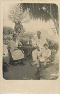CARTE PHOTO PRTRAIT FAMILLE INDOCHINE ASIE - Postcards