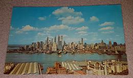 NEW YORK- LOWER MANHATTAN SKYLINE - Manhattan