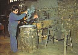 50 - VILLEDIEU Les POELES - Fonderie De Cloches Cornille Havard. Fabrication De La Tête N 8 - Villedieu