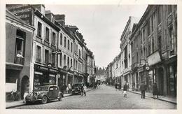 BOLBEC - Rue De La République.(voiture Citroën Traction) - Bolbec