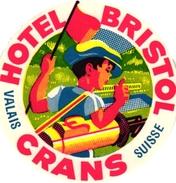 1 Hotel Label Etiquette Pub Hotel Bristol Crans Valais Suisse Switzerland  GOLF - Autres