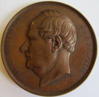 M05216  J.J.E CHAPELIE - LIEUTENANT-GENERALE - ECOLE MILITAIRE - 1859 - Son Profil   (132g) Par Wiener D - Professionnels / De Société