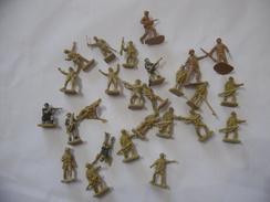 ATLANTIC AIRFIX VINTAGE SOLDATINI 1 72 VARI. - Militaires