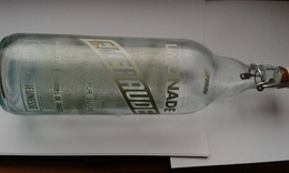 Bouteille 1l En Verre De Limonade Serigraphiée EMEURAUDE - Soda