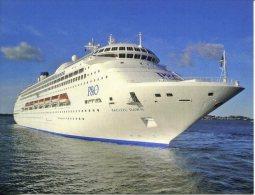 Cruise Ship - Paquebot - Sydney - P&O Pacific Dawn - Dampfer
