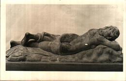 Sculpture 25, Ménade Endormie (femme Nue - Sculpturen