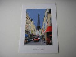 75 - PARIS  * RUE ANIMEE ET LA TOUR EIFFEL AU FOND * DESSIN ILLUSTRATION DE THIERRY TRACCOEN - Tour Eiffel