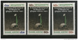 Bangladesh 1973 Martyrs Of The War Of Liberation Flower Sc 39-41 MNH # 1278 - Bangladesh