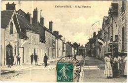 Carte Postale Ancienne De BAR SUR SEINE-La Rue Gambetta - Bar-sur-Seine