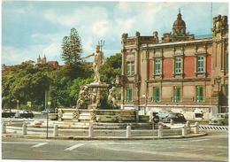 T3219 Messina - Piazza Prefettura Con La Fontana Del Nettuno - Auto Cars Voitures / Non Viaggiata - Messina