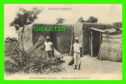 MISSIONS  D'AFRIQUE - BANANKOUROU, SOUDAN - MÉNAGE CHRÉTIEN AU TRAVAIL - - Missions