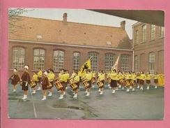 C.P. Izegem  =  Drumband :  Zonnemeisjes  Van  St-Frans - Izegem