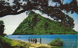 Nouvelle Calédonie - (Côte Est), Promenade Sur La Plage (enfants) - Etablissements Ballande - Nouvelle-Calédonie
