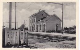 Neerwinden - Station - Landen