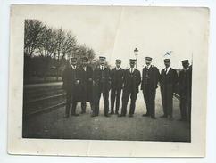 Photo Format 12cm X 9cm équipe De La Gare De Bricon ( Haute Marne) - Plaatsen