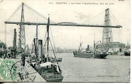N°41078 -cpa Nantes -le Pont Trasbordeur- Bateaux De Commerce- - Commerce
