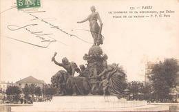 Paris Le Triomphe De La Republique Par Dalou Place De La Nation - Squares