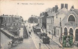 VIERZON - Place De La République - Vierzon