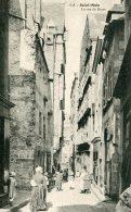 FRANCE - Saint Malo - La Rue Du Boyer - Superbly Animated - Saint Malo