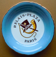 Cendrier Coupelle Ramasse-monnaie Du Plaza Athénée Paris/ Relais Plaza Le Restaurant Du Palace Paris - Porcelaine
