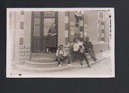 8503 - La Caillère - Vendée - RETIRAGE - Café Bazireau - Desciption Et Nom Des Personnages Au Dos (voir Scan) - Autres Communes