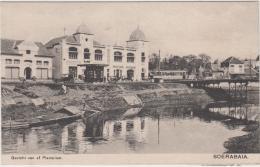 AK - SOERABAJA ( Surabaya)  Panorama Am Kali Mas In Plampitan Mit Passar Und Strassenbahn Bei Der Brücke Peneleh Um 1920 - Indonesien