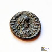 Roma - Valentiniano - Centenional - 375/395 DC. - 8. El Bajo Imperio Romano (363 / 476)